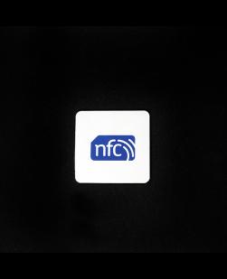 35mm Square NXP NTAG213 ANTI-METAL sticker