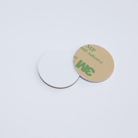 ANTI-METAL 28mm plain White HARD PVC NFC Disc Tag NTAG213 3M Glue